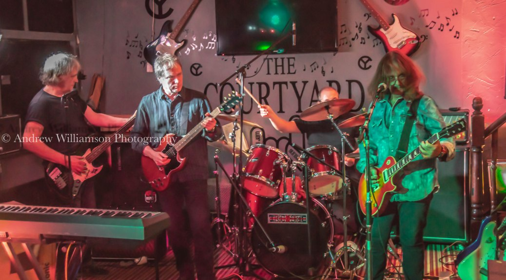 A night reminiscing the Forgotten Rock @ The Courtyard | www